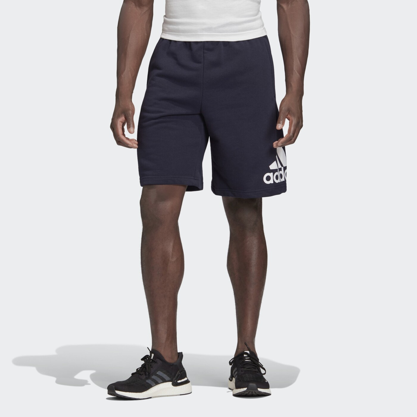 ADIDAS MUST HAVES BADGE OF SPORT SHORTS - Herren